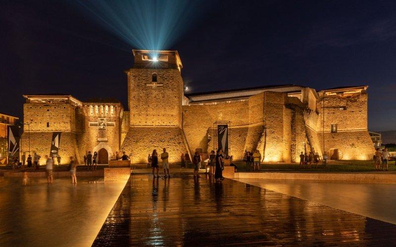 Castel Sismondo ospita il Fellini Museum